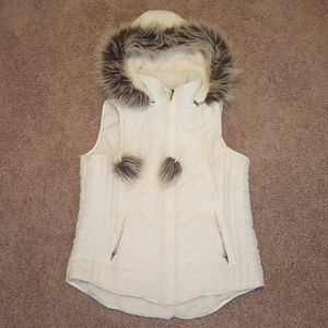 Maurices puffer vest with removable hood